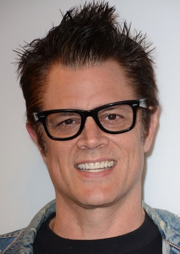 Johnny Knoxville as Bender in Futurama (2021 Movie)