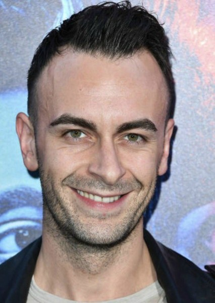 Joseph Gilgun as Garth in The Winchester Sisters