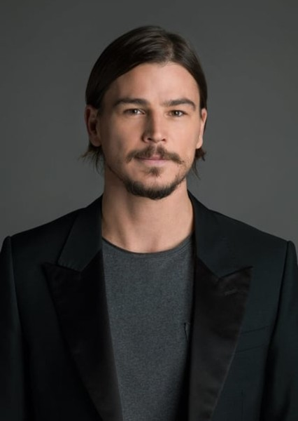 Josh Hartnett as Two Face in Batman:Holiday Knights