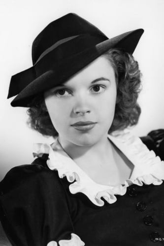 Judy Garland as 2 in My Top 10 Most Beautiful Women That Ever Lived