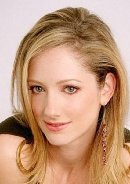 Judy Greer as Teri Ferguson in Disney's fast and easy