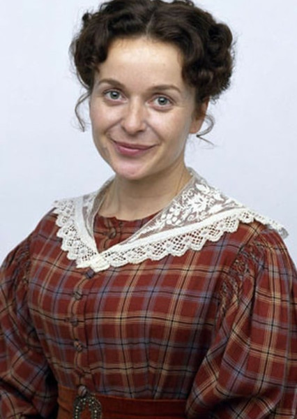 Julia Sawalha as Mrs.Reed in Jane Eyre