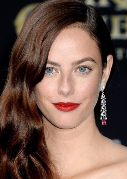 Kaya Scodelario as Amelia Dormer (Chloe's suggestion to join the Bellas) in Pitch Perfect 4 The Reunion