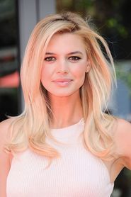 Kelly Rohrbach as Lady Lisa in Pixels ( Remake )