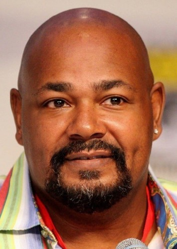 Kevin Michael Richardson as Kilowag in Green Lantern Corps