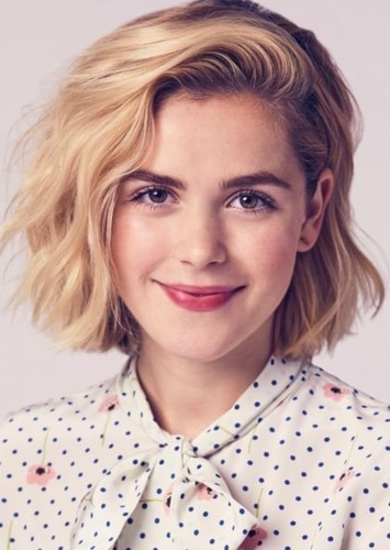 Kiernan Shipka as Quinn Fabray in Glee (Recasting)