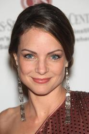 Kimberly Williams-Paisley as Emily Hobbs in Elf