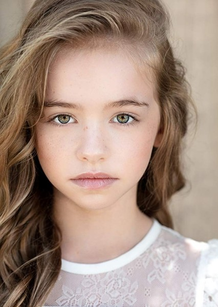 Kingston Foster as Janie in Benji