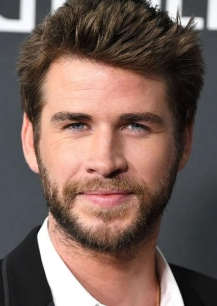 Liam Hemsworth as Connor in Crescent City