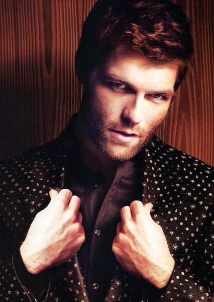 Liam McIntyre as Harry Flynn in Uncharted (TV series)