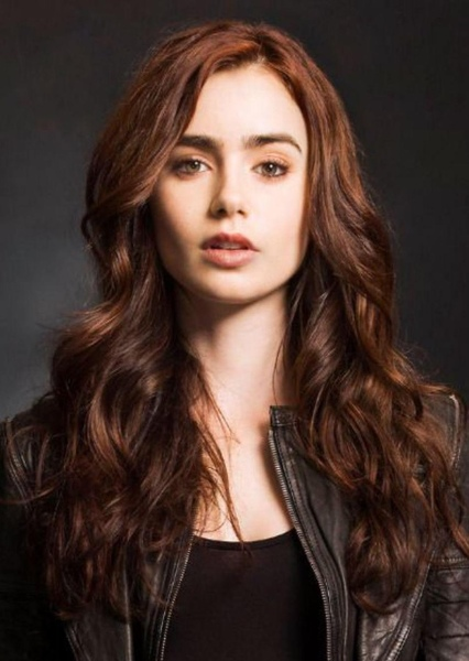 Lily Collins as Vicki Vale in The Batman 2021 | Future Films