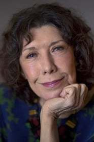 Lily Tomlin as Aunt Babe in My Most Excellent Year