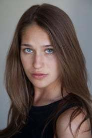 Lola Kirke as Meredith Dardenne in If we were Villains