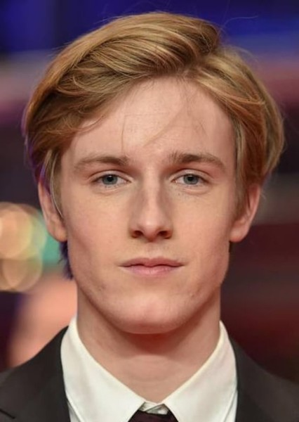 Louis Hofmann as Hephaestus in The Rise of The Gods Season One