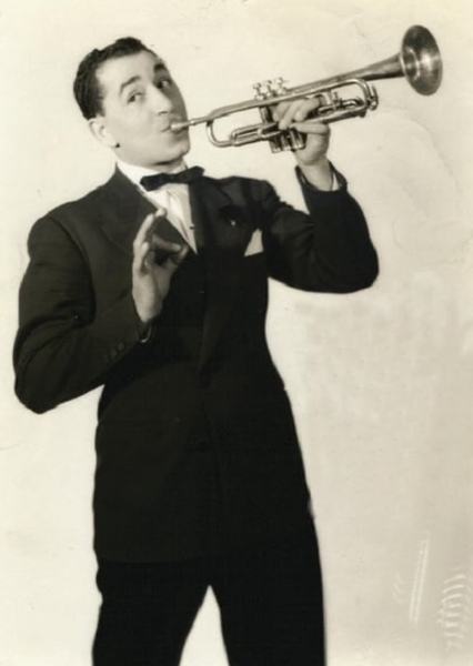 Louis Prima as General Casey in Mars Attacks! (1951)