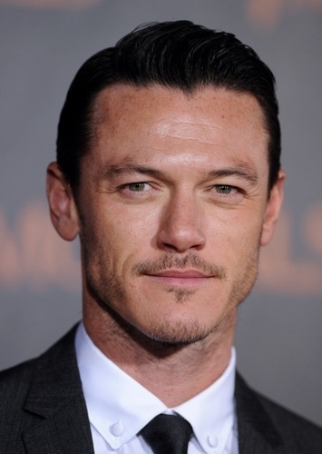 Luke Evans as Predaking in Transformers