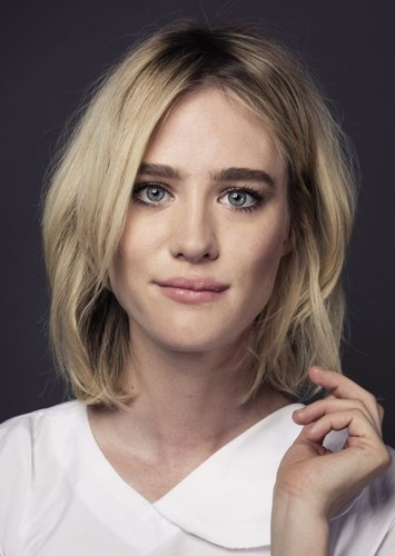 Mackenzie Davis as Batgirl/Oracle in DCEU Rebooted