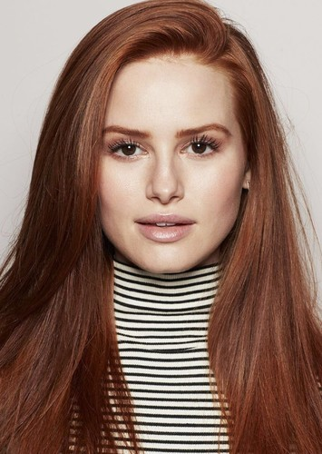 Madelaine Petsch as Mary Jane MJ Watson (Flashback) in Ultimate Spider-Man (Special 4)