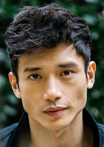 Manny Jacinto as David Han in Kung Pao Soul Food