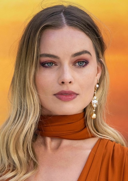 Margot Robbie as Breakout Actress in Best of the Decade (2010-2019)
