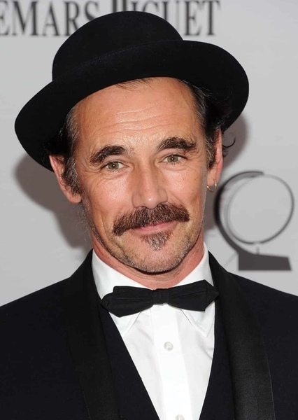Mark Rylance as King Of Hearts in Alice In Wonderland
