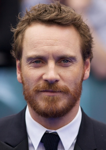 Michael Fassbender as Michael Fassbender in ROBOCOP CONTRE TERMINATOR