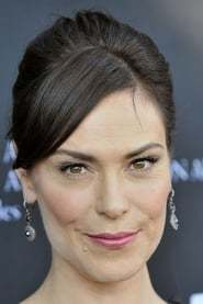Michelle Forbes as Principal Caitlin Pearson in The Kids of St. Hopes