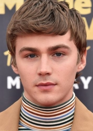 Miles Heizer as Kyle Garza in It Lives Beneath
