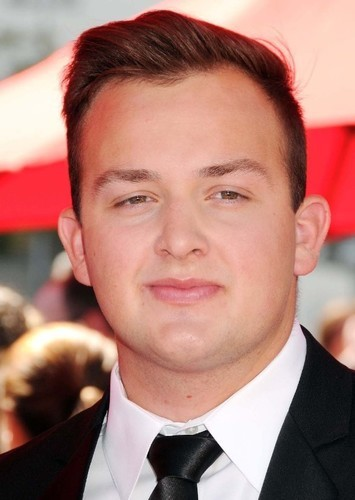 Noah Munck as Rob Smith in The Goldbergs (Perfect Casting)