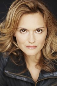 Patricia Summersett as Princess Zelda in The Smash Cast