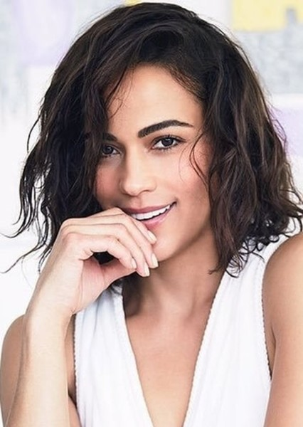 Paula Patton as Vanessa in Me and my family