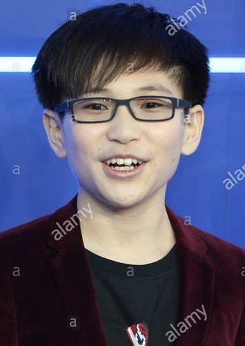 Philip Zhao as Wing kid in Gremlins