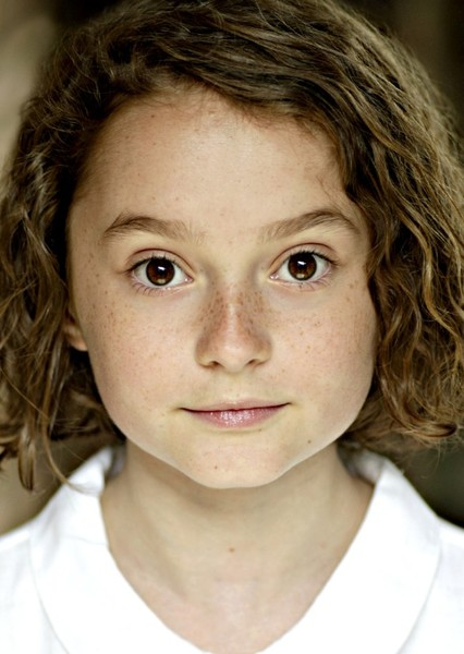 Pixie Davies as Ginny in Benji
