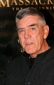R. Lee Ermey as Roman Sionis in Batman: O Cavaleiro de Gotham