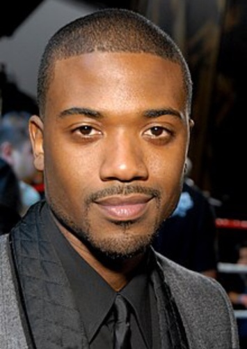 Ray J as Derrick in Crenshaw Life