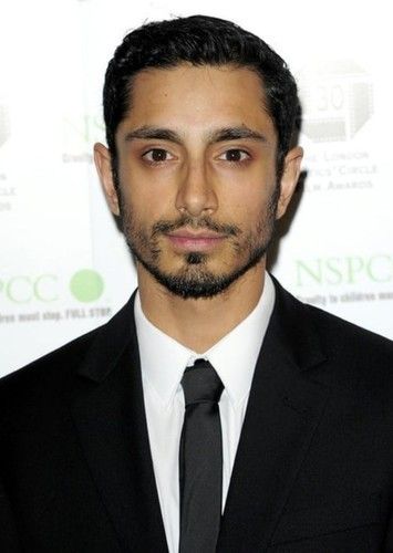 Riz Ahmed as Oren in The Inheritance Games