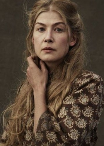 Rosamund Pike as Lady Mary Van Tassel in Sleepy Hollow (2019)