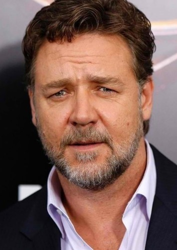 Russell Crowe as Ronan in The Guest List