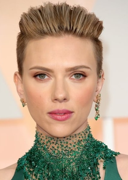 Scarlett Johansson as Poison Ivy in Comic Villain Casting