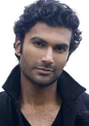 Sendhil Ramamurthy as Mahmoud Bhandari in Amity Grove