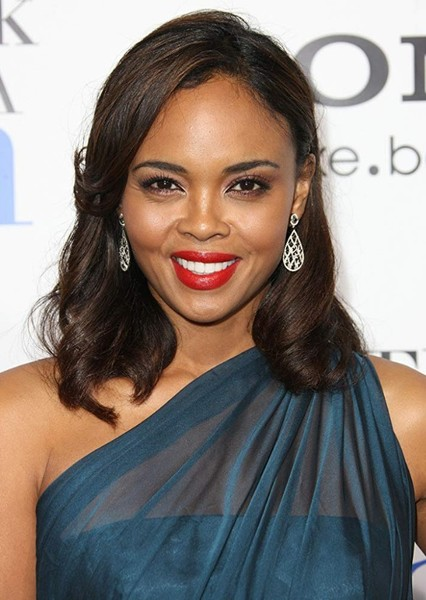 Sharon Leal as General Celia Swanwick in Woman of Steel