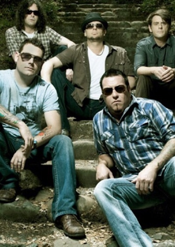 Smash Mouth as Best Band in Best & Worst of the 2000s