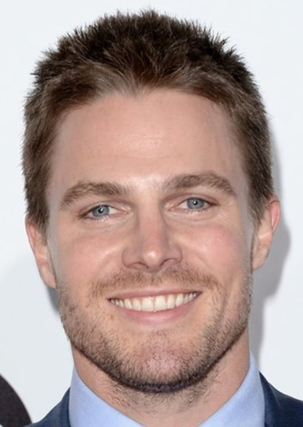 Stephen Amell as Oliver Queen in Justice League: