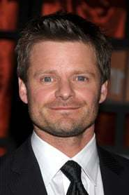 Steve Zahn as Monty in Stuart Little, Looney Tunes, The Grinch and Surf's Up: Stuart Little, Bugs Bunny, The Grinch and Cody Marverick meets Spider-Man (2021)