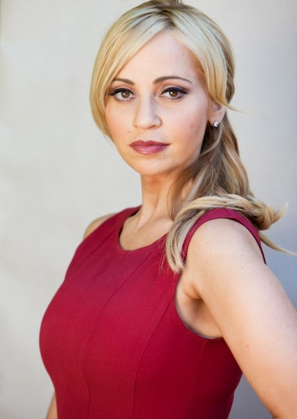 Tara Strong as Ogalvy Smythe in Drawtectives