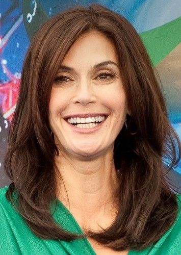 Teri Hatcher as Dottie in Planes: TV Series (2021)
