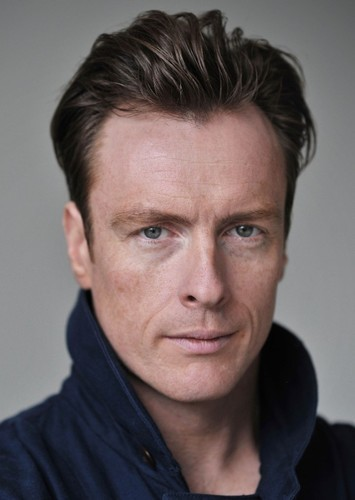 Toby Stephens as Callum in The Reunion