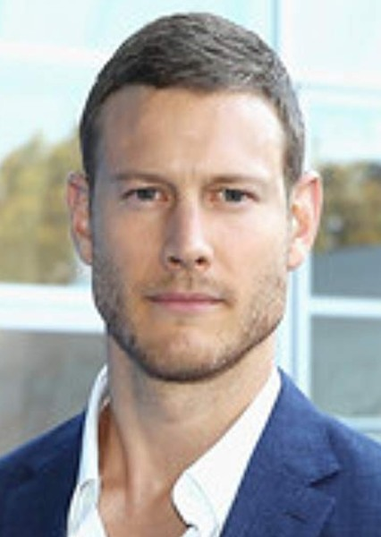 Tom Hopper as Luther Hargreeves in The Umbrella Academy