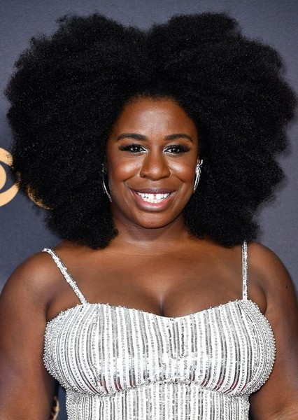 Uzo Aduba as Violet Newstead in 9 To 5