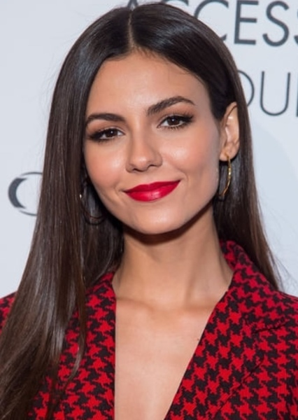 Victoria Justice as Actresses in Face claims 101